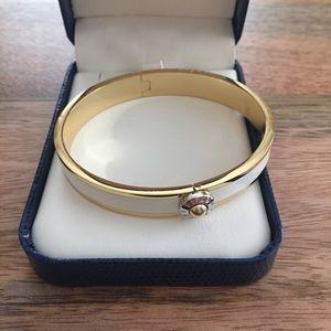 Henri Bendel Clasp bracelet